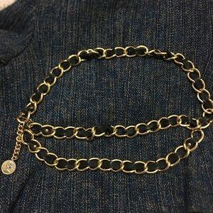 VTG Elizabeth D.G. Regina chain and leather belt